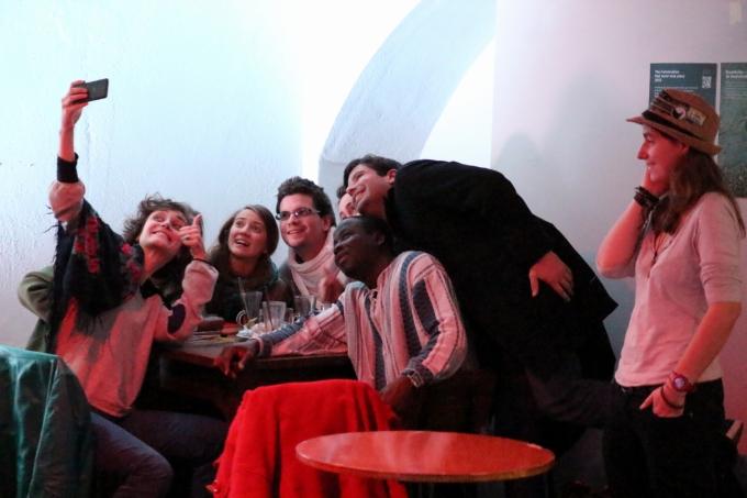 A equipa da Radio do Clube de 28/11/2014 vista de fora... foto: Augusto Fernandes/Retina Esquerda